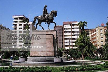 Equestrian statue in main square, Logrono, La Rioja, Spain, Europe