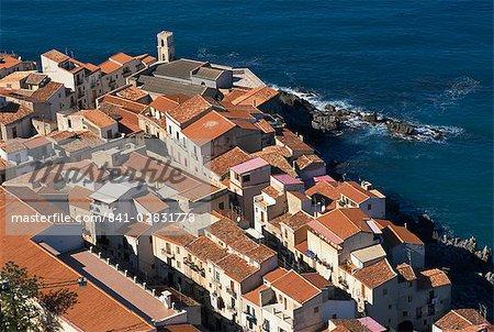 Découvre de la vieille ville de La Rocca, Cefalu, Sicile, Italie, Méditerranée, Europe