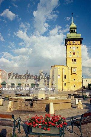 Rathaus avec tour Renaissance et Rathauskapelle, Hauptplatz, Retz, Basse-Autriche, Autriche, Europe