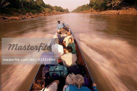 Bateau de voyage, le Parc National de Mulu, Sarawak, Malaisie, Bornéo, Asie