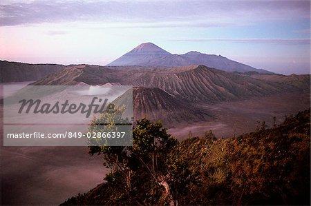 Indonesia, Java, Mt. Bromo, sunrise on volcano rim