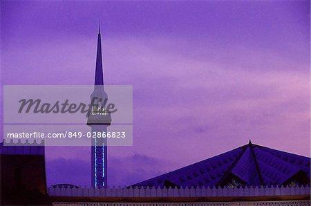 Sarawak, en Malaisie, Minaret de la mosquée.