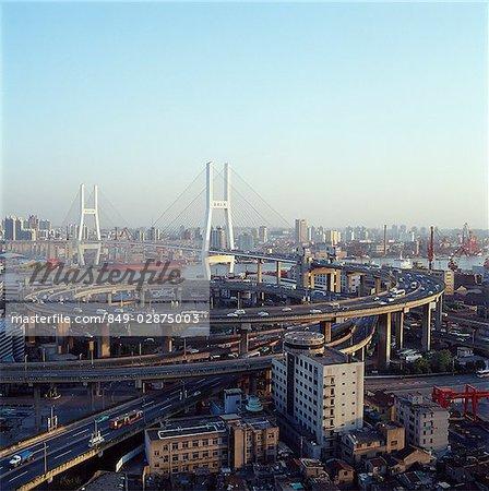 Chine, Shanghai, pont de Nanpu, traversant le fleuve Huangpu