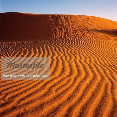 Désert, dunes de sable rouge