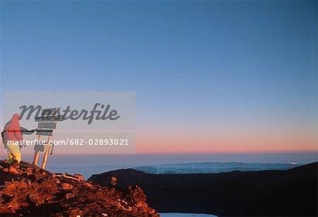 Grimpeurs sur Uhuru Peak