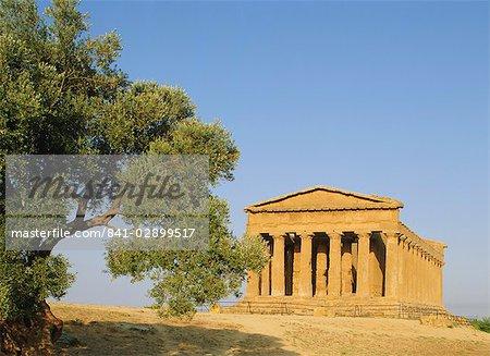 Temple de la Concorde, la vallée des Temples, Agrigento, Sicile, Italie