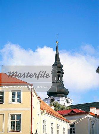 Les Toomkirik et les vieux bâtiments de Toompea zone, Tallinn, en Estonie, pays baltes, Europe
