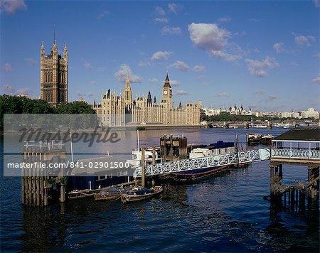 Lambeth, Pier, Themse und Häuser des Parlaments, London, England, Vereinigtes Königreich, Europa