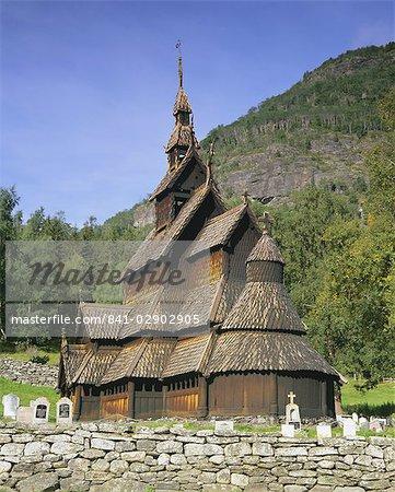 Borgund Stave Church, le mieux préservé de 12ème siècle stave church dans le pays, Borgund, Fjords de l'Ouest, la Norvège, Scandinavie, Europe
