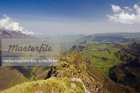 Paysage de montagne spectaculaire des alentours Geech, patrimoine mondial de l'UNESCO, Parc National du Simien, The Ethiopian Highlands, Ethiopie, Afrique