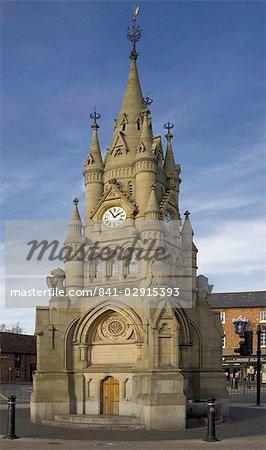 Tour de l'horloge, offerte à la ville par George W. Childs de Philadelphie, pour marquer le Jubilé de la Reine Victoria, Stratford-upon-Avon, Warwickshire, Angleterre, Royaume-Uni, Europe