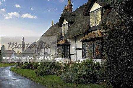 Cottage de dix Penny, Boat Lane dans le village de Welford sur Avon, Warwickshire, Angleterre, Royaume-Uni, Europe