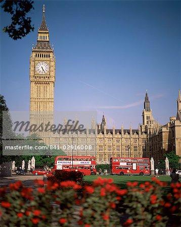 Häuser des Parlaments, UNESCO-Weltkulturerbe und Parliament Square, Westminster, London, England, Vereinigtes Königreich, Europa