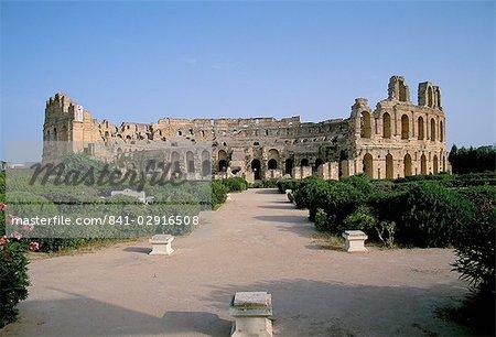 The Collosseum, El Jem (El Djem), UNESCO World Heritage Site, Tunisia, North Africa, Africa