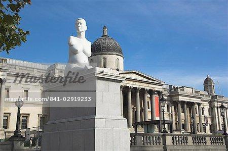 Statue von Alison Lapper, Trafalgar Square, London, England, Vereinigtes Königreich, Europa