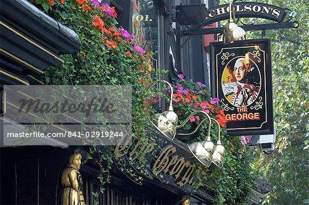 Le pub George, Strand, Londres, Royaume-Uni, Europe