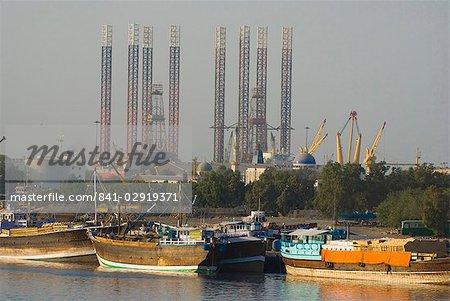 Plates-formes d'autoélévatrice, Sharjah, Émirats Arabes Unis, Moyen-Orient
