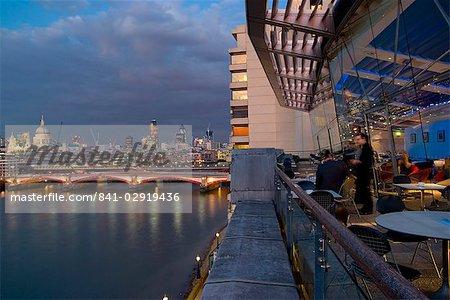 Oxo Tower Restaurant Scheune und Stadt Skyline, London, England, Vereinigtes Königreich, Europa