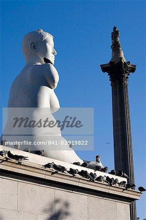 Statue von Alison Lapper, schwanger, Trafalgar Square, London, England, Vereinigtes Königreich, Europa