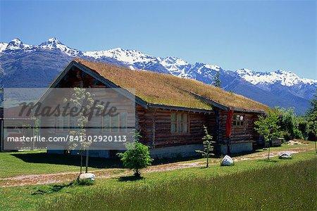 Autres possibilités de logement aux herbes en toiture, Glenorchy, île du Sud, Nouvelle-Zélande, Pacifique