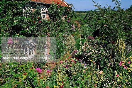Détail de la maison et jardin, Suffolk, Angleterre, Royaume-Uni, Europe
