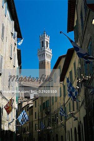 Vue à la Torre del Mangia de la Via Giovanni Dupre, Sienne, Toscane, Italie, Europe