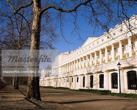 Carlton House Terrace, construit par John Nash vers 1830, The Mall, Londres, Royaume-Uni, Europe