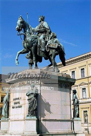 Monument à Ludwig I, Odeonsplatz, Munich, Bavière, Allemagne, Europe