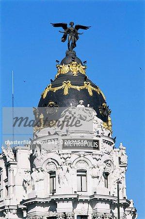 Metropolis building, Gran Via, Madrid, Spain, Europe