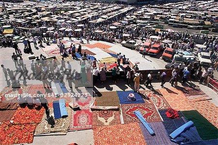 Tapis de zone, le principal marché, Tachkent (Ouzbékistan), l'Asie centrale, Asie