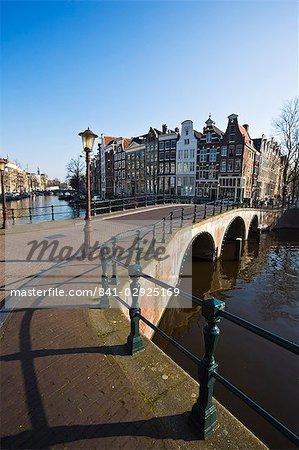 Pont sur le Keizersgracht canal, Amsterdam, Pays-Bas, Europe