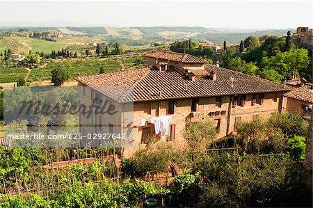 Vue grand angle d'un bâtiment, San Gimignano, Province de Sienne, Toscane, Italie