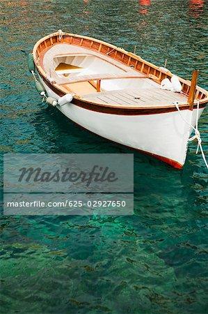 Stationne à la mer, Riviera italienne, Gênes, Ligurie, Italie