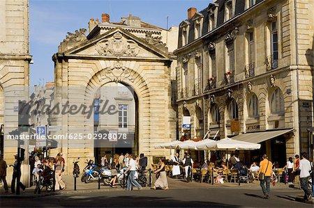Touristes Dans Une Rue Porte Dijeaux Vieux Bordeaux Bordeaux