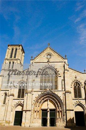 Facade of a church, St. Pierre Church, Bordeaux, Aquitaine, France