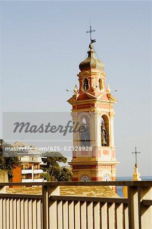 Vue en coupe haute d'une église, Ligurie, Italie