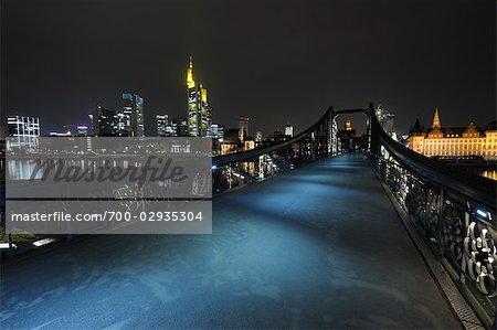 Eiserner Steg pont de nuit, Francfort-sur-le-main, Hesse, Allemagne