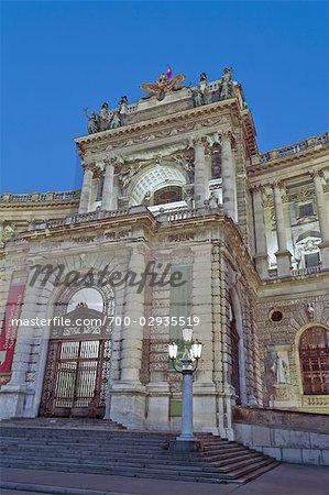 Palais de la Hofburg et l'entrée de la Bibliothèque nationale, Vienne, Autriche
