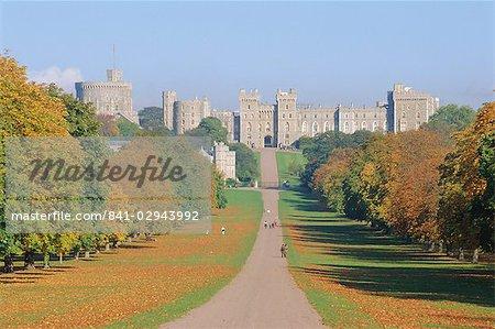 The Long Walk and Windsor Castle, Windsor, Berkshire, England, UK