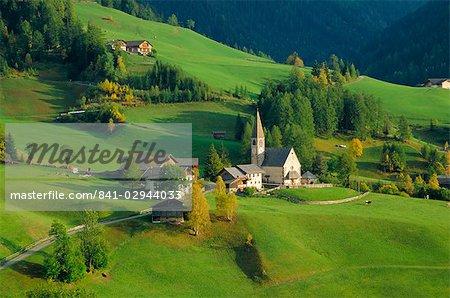 Val di Funes, Tyrol du Sud, les Dolomites, Trentin-Haut-Adige, Italie, Europe