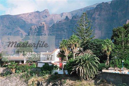 Villas and gardens, Los Gigantes, Tenerife, Canary Islands, Spain, Europe