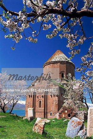 The Armenian church of the Holy Cross on Akdamar Island in Lake Van, Anatolia, eastern Turkey, Asia Minor, Eurasia