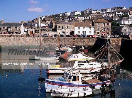 Porthleven harbour, Cornwall, Angleterre, Royaume-Uni, Europe