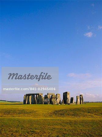 Stonehenge, Ancient ruins, Wiltshire, England, United Kingdom, Europe