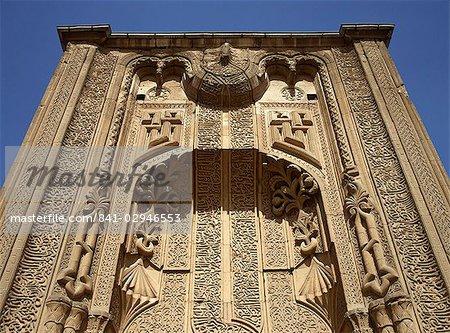 Le portail du Medrese seldjoukide Ince Minare, maintenant le Musée du bois et Stone Carving, Konya, Anatolie, Turquie, Asie mineure, Eurasie