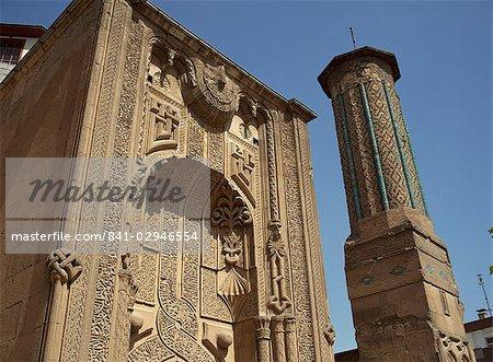 Medrese Ince Minare, maintenant le Musée du bois et Pierre sculpture, Konya, Anatolie, Turquie, Asie mineure, Eurasie