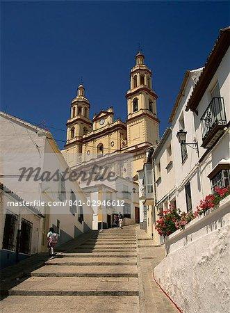 La basilique, Olvera, Andalousie, Espagne, Europe