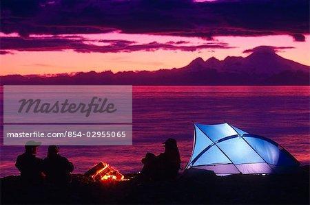 Les gens @ ancre Camping rivière péninsule Kenai en Alaska été Scenic