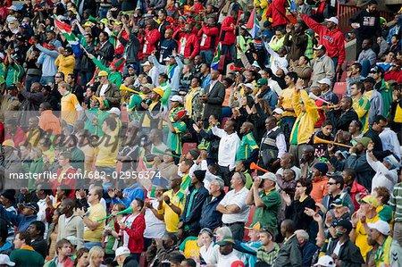 Menge schoss auf ein Fußballspiel, Johannesburg, Südafrika