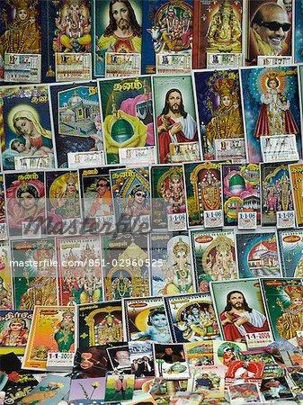 Affiches religieux et célébrités à vendre, Kodaikanal, Tamil Nadu, Inde